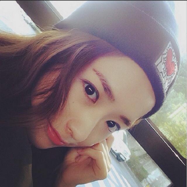 ang Hyun Kyung - 24 tuổi, từng tốt nghiệp khoa Thiết kế công nghiệp trường