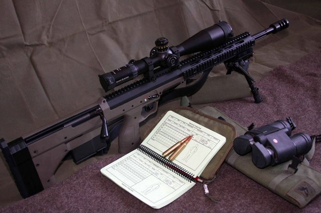 Phiên bản sử dụng đạn .338 Lapua Magnum với ống hãm nảy có kích thước lớn