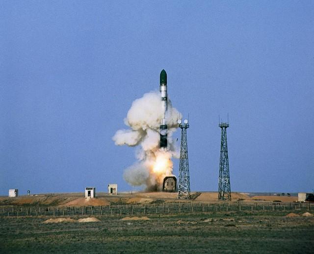 Tên lửa đạn đạo R-36 Voevoda (NATO định danh là SS-18 Satan).