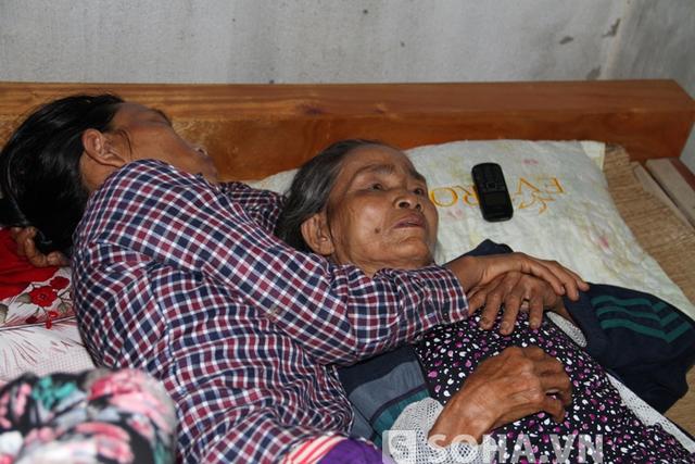 Bà Xuân (bà nội 2 cháu Trung và Chiến) vẫn chưa hết bàng hoàng khi con rể đánh chết cháu nội mình.