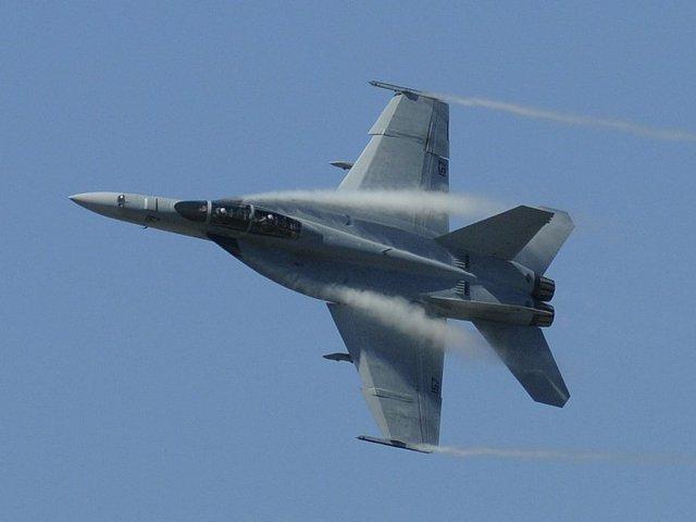 Máy bay chiến đấu của Mỹ có hàng dữ liệu lập trình trước các tín hiệu radar của đối phương.