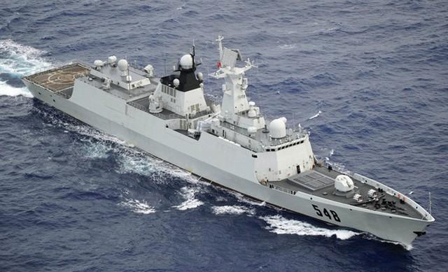 Theo Naval Technology, Type 054A (NATO định danh lớp Jiangkai II) là phiên bản nâng cấp từ tàu hộ vệ tên lửa Type 054. Jiangkai II chiếm số lượng nhiều nhất trong các tàu đóng mới tại Trung Quốc. Ảnh: Defence Update.