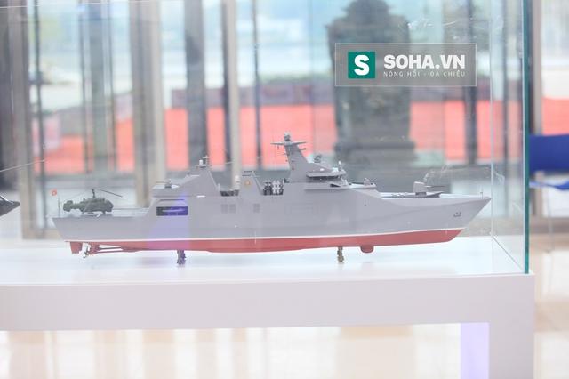 Mô hình tàu hộ vệ tên lửa SIGMA 9814 trưng bày tại Triển lãm Vietship 2016. Ảnh: Bình Nguyên.
