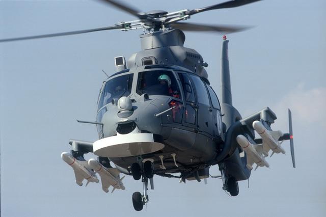 Trực thăng AS565 Panther của Saudi Arabia mang 4 tên lửa chống hạm AS-15TT