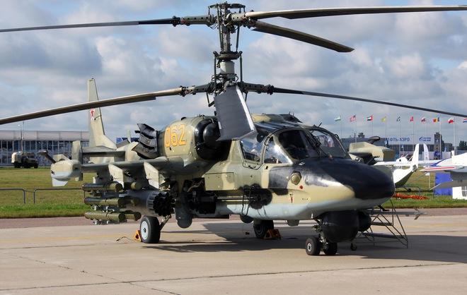 Trực thăng Ka-52 có thể mang phóng nhiều vũ khí hiện đại, bao gồm cả tên lửa chống tăng Vikhr-1.