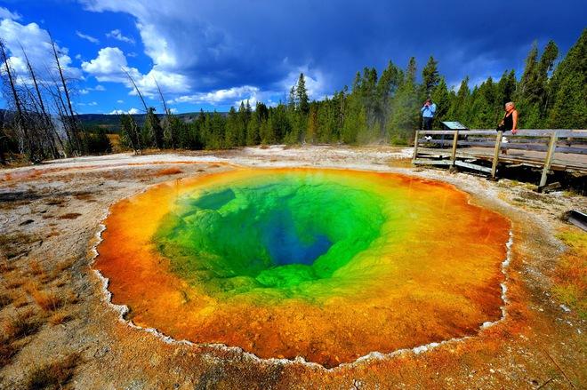 Hình ảnh tuyệt đẹp và yên bình ở bên trên của siêu núi lửa Yellowstone. Ảnh: Internet.