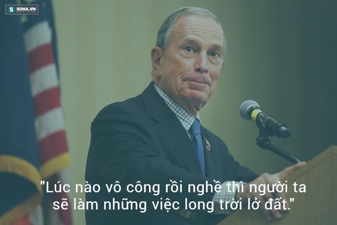 Nhân vật trong hình: Michael Bloomberg (sinh 14 tháng 2, 1942) là đương kim thị trưởng Thành phố New York gốc Do Thái. Với khối tài sản 19,5 tỷ đô la Mỹ vào 2011, ông là người giàu thứ 12 ở Mỹ.