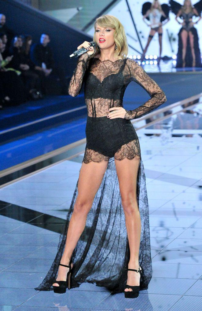 Kiêu sa, gợi cảm tại Victorias Secret Fashion Show 2014.