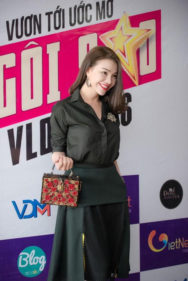 Cuộc thi Ngôi Sao Vlog lần đầu tổ chức tại Việt Nam, dành cho tất cả những ai có đam mê hay sở thích với Vlog, không phân biệt giới tính, không giới hạn tuổi tác.