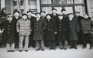 Trung Quốc trỗi dậy, đe dọa ngôi vương của Mỹ: Chính Washington giúp TQ làm điều này - ảnh 1