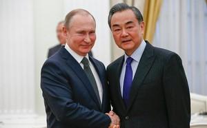 Ngoại trưởng Trung Quốc thăm Nga trong căng thẳng ngoại giao có ý nghĩa thế nào? - ảnh 1