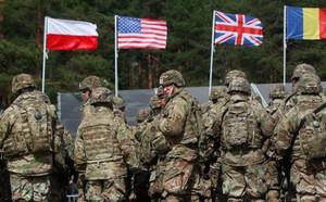 """""""Khó lường"""" quân sự Mỹ - Ba Lan áp sát biên giới Nga - ảnh 2"""