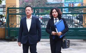 Vụ án chạy thận: Tiết lộ quan trọng về chữ ký 'chia sẻ' của BS Hoàng Công Lương - ảnh 2