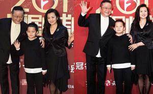 Sau 3 lần kết hôn, Hòa thân đáng ghét nhất Trung Quốc Vương Cương tận hưởng cuộc sống an nhàn bên con cháu - ảnh 1