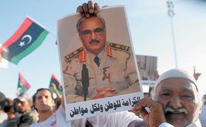 48h nghẹt thở ở Libya: Tướng Haftar được Nga hậu thuẫn có khiến Tripoli vỡ vụn và sụp đổ? - ảnh 4