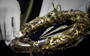Nhà thờ Đức Bà: Ngụ ý ẩn sau các bức tượng 'ác quỷ quan sát thành Paris' - ảnh 2