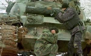 23 phút giao chiến ác liệt, 37 chiếc T-72 tan xác pháo: Những bài học xương máu cho Nga - ảnh 7