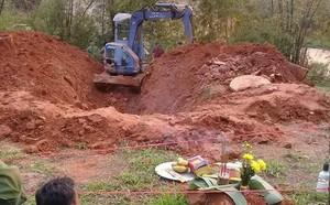 Kẻ giết vợ cuốn chăn vào thi thể phi tang dưới giếng ở Yên Bái: Khai xong em thấy nhẹ người rồi - ảnh 1