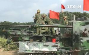 QĐND Việt Nam chở xe tăng qua sông bằng thuyền gỗ: Chuyện có một không hai trên TG - ảnh 9