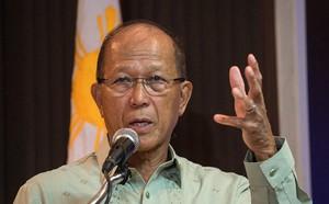 [NÓNG] Philippines dọa cắt đứt quan hệ ngoại giao với TQ sau vụ đâm tàu rồi bỏ chạy trên Biển Đông - ảnh 1