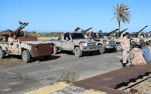48h nghẹt thở ở Libya: Tướng Haftar được Nga hậu thuẫn có khiến Tripoli vỡ vụn và sụp đổ? - ảnh 5