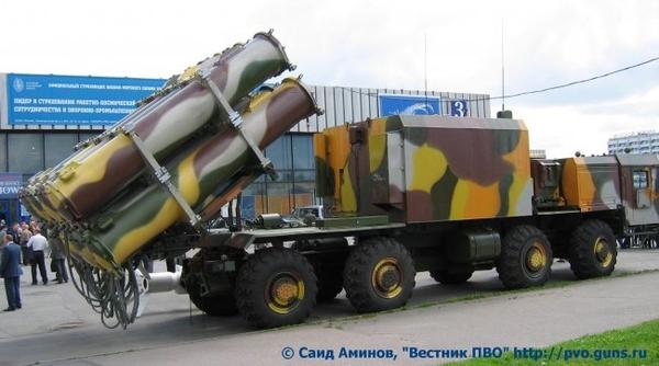 Xe phóng tên lửa Kh-35