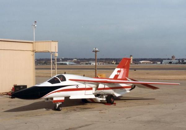 Chiếc F-111 được sản xuất đầu tiên mang số hiệu Serial Number 67-0159 hiện đang được trưng bày tại bảo tàng hàng không California, Mỹ.
