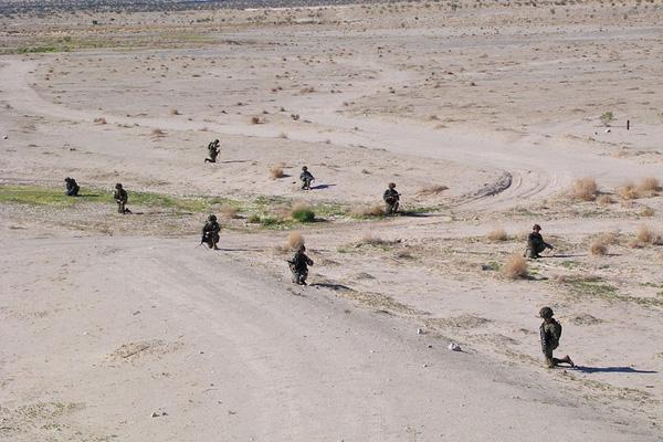 Các binh sĩ sẽ không thường xuyên ở trong lều trại. Thay vào đó, họ phải tuần tra trên sac mạc và ngủ ngoài trời vài ngày 1 lần.
