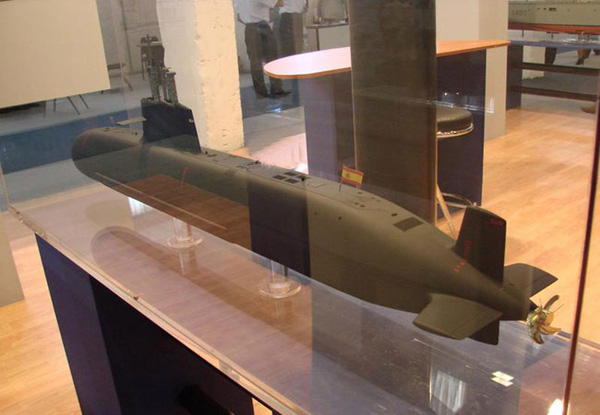 Mô hình tàu ngầm Project S-80 của Tây Ban Nha
