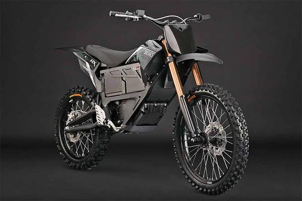 Theo tiết lộ của hãng sản xuất Zero Motorcycles, loại xe máy đặc chủng này có tên là Zero MMX, sử dụng động cơ điện giúp giảm ồn và tán xạ nhiệt. Ngoài ra, hệ thống quan sát hồng ngoại sẽ giúp xe có thể di chuyển trong đêm mà không cần bật đèn pha.