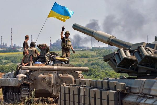 Tái chiếm Uglegorsk bất thành, Kiev mất 409km biên giới giáp Nga - Soha