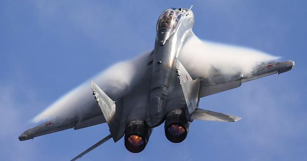 Tổng thống Putin hết lời khen MiG-35: Thời cơ đã đến, xuất khẩu thôi!