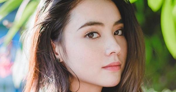 """Chỉ cần xoay nghiêng mặt, Miss Teen Thái Lan đã khiến con trai """"đổ rạp""""!"""