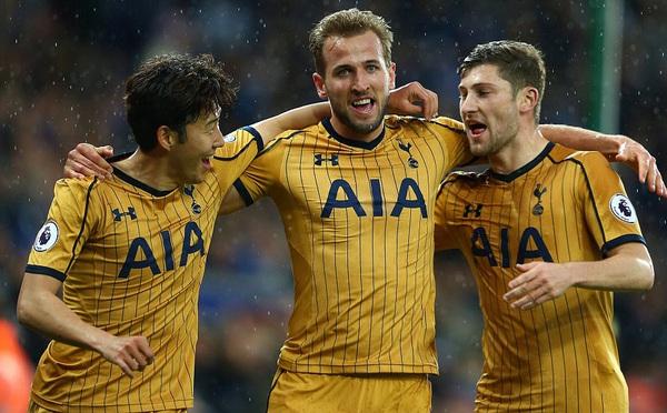 Mất cúp vào tay Chelsea, Tottenham