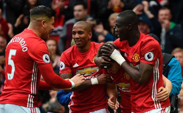 Clip bản quyền Premier League: Ngày sắc đỏ