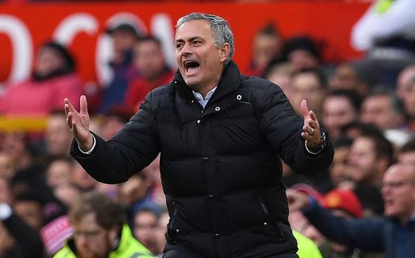 Hồ sơ chuyển nhượng 11/8: Mourinho bắt đầu chiến dịch