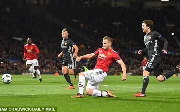 Cuối cùng, Mourinho đã giữ lời hứa và