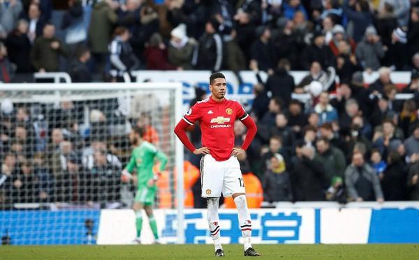 Cái dớp ghê gớm của Mourinho và Sanchez