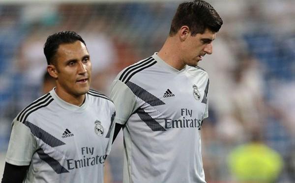 Man United và Real Madrid bất ngờ muốn chuyển nhượng thủ môn