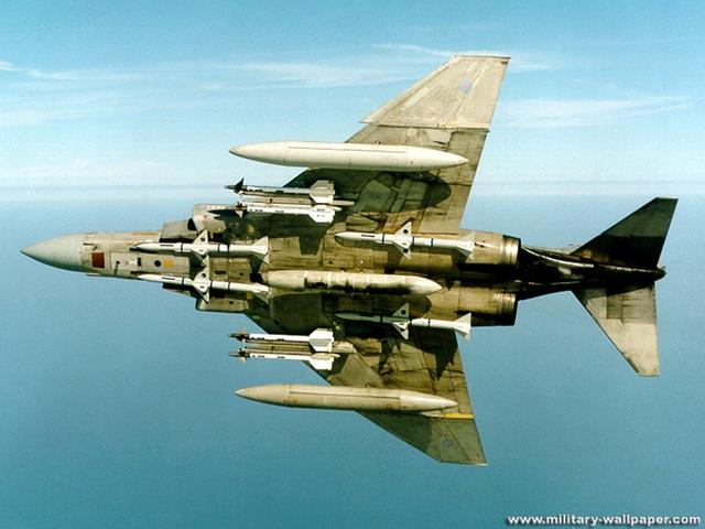 Máy bay F-4 Phantom II của Mỹ với các loại vũ khí