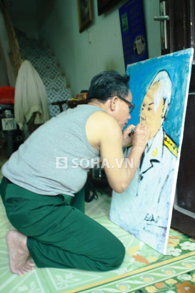 Đại tá, họa sĩ khiếm thị vẽ hơn 1.000 bức chân dung đại tướng