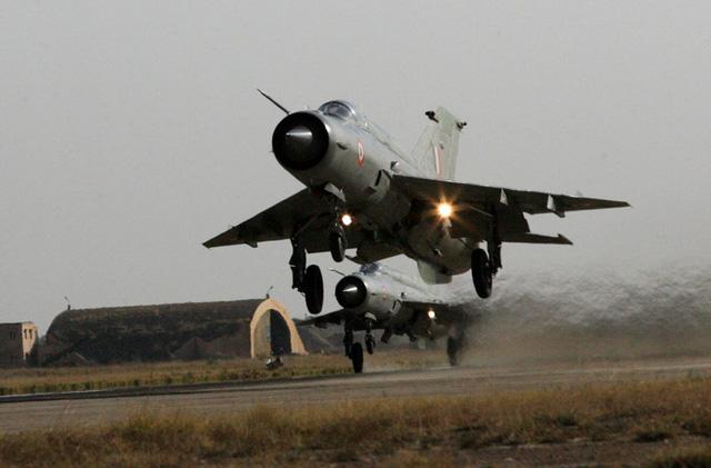 Tiêm kích MiG-21 Bison