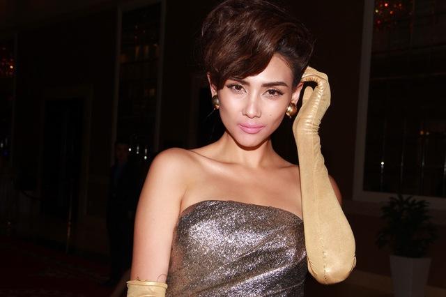 Sắp tới, rất có thể cô sẽđảm nhận vị trí giám khảo cuộc thi Siêu mẫu Việt Nam 2013.