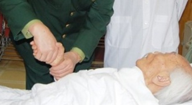 Đại tướng đã có 1559 ngày nằm trong Bệnh viện (Ảnh: Trần Hồng)