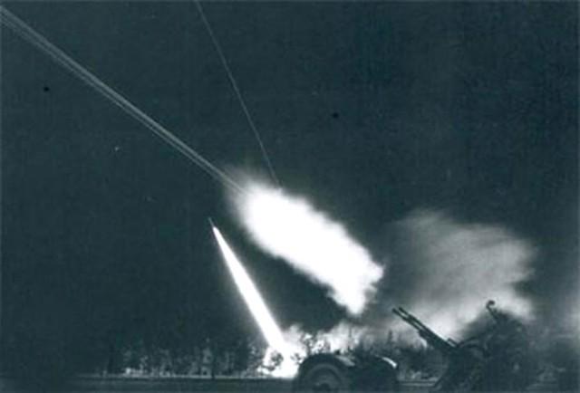 Lưới lửa pháo phòng không Việt Nam trong chiến dịch Điện Biên Phủ trên không