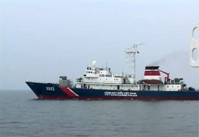 Thông số kỹ thuật của tàu CSB 8003: Chiều dài lớn nhất: 81,5m. Chiều dài giữa 2 đường vuông góc: 75,0m. Chiều rộng lớn nhất: 9,8m. Chiều cao mạn: 5,8m. Mớn nước đầy tải: 3,0m. Lượng giãn nước đầy tải: 1.400 tấn. Công xuất máy chính: 3.888Kw x 02. Tốc độ thiết kế lớn nhất: 20,7 hải lý/giờ.