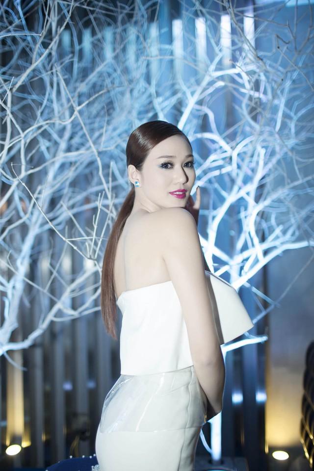 Chủ fanpage gần 1 triệu thành viên: Bà Tưng sẽ sớm tắt!