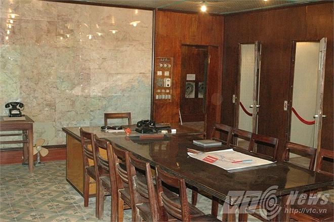 Khám phá hầm chống bom nguyên tử ở Hà Nội