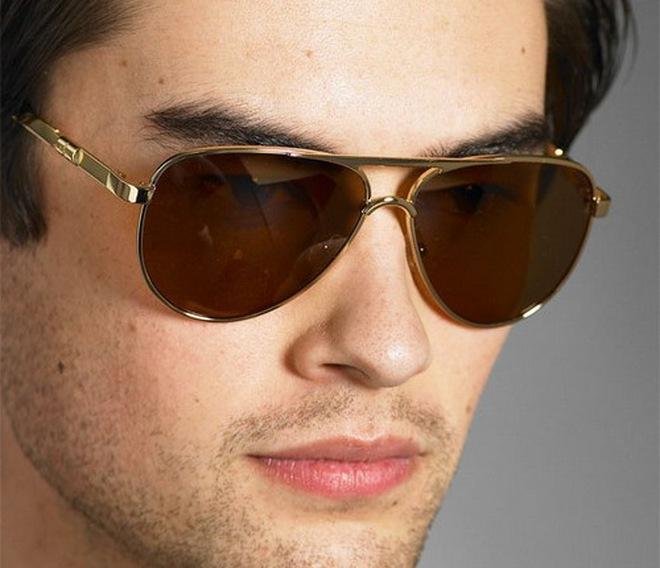 Chọn kính mắt phù hợp với gương mặt cho nam giới