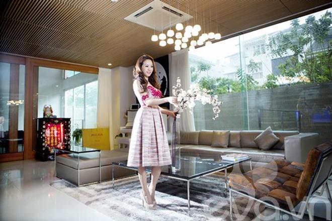 Nhà đẹp như khách sạn của Hoa hậu Thu Hoài